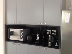 traci-arens-kitchen-grey