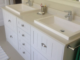 traci-arens-vanities-white-1