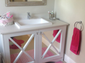 traci-arens-vanities-white-mirror