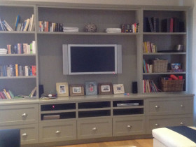 traci-arens-cabinet-entertaiment-grey
