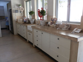 traci-arens-kitchen-mosaic-before