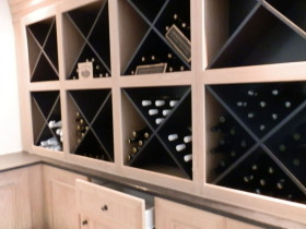 traci-arens-kitchen-wine-shelves