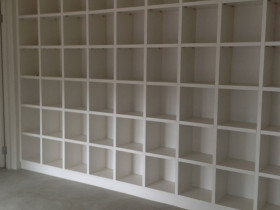 traci-arens-shelves-box